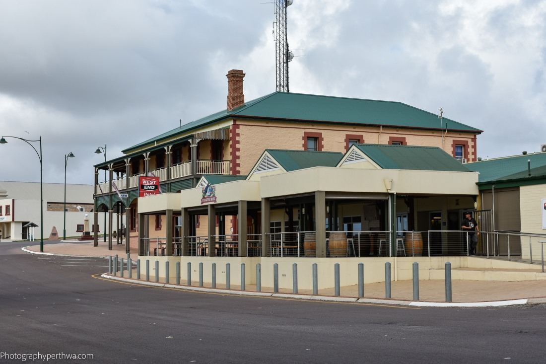 Streaky Bay Hotel (1 of 1)